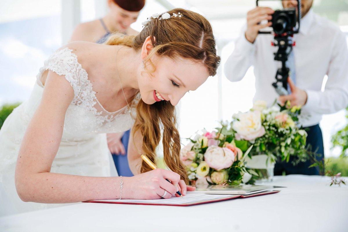 Fotografiefetz Yesbaby Hochzeit Hannersber Burgenland120