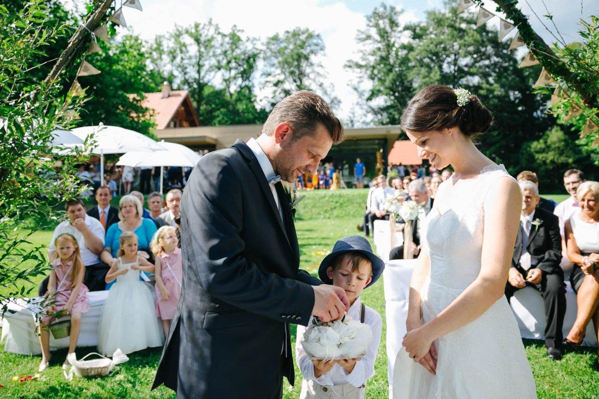 Hochzeit Burgenland Heiraten Yesbaby Fotografiefetz Rotenturm Koi00035