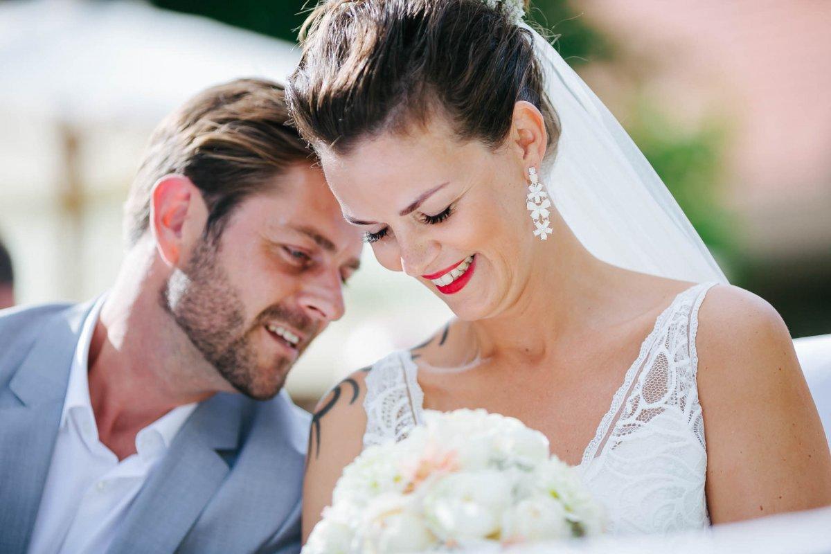 Hochzeit Burgenland Heiraten Yesbaby Fotografiefetz Rotenturm Koi Steiermark00025