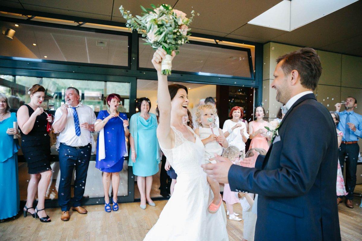 Hochzeit Burgenland Heiraten Yesbaby Fotografiefetz Rotenturm Koi00062